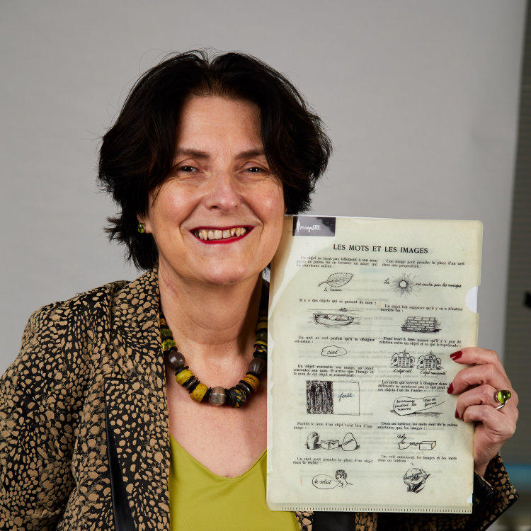 Photo of Mireille Hildebrandt with object